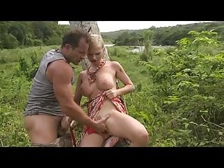 Tarra White - Outdoor
