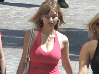 Candid - Busty Bouncing Tits Vol...