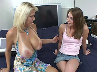 MILF Credo Teen In what way To Coreograph a Threesome
