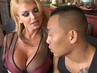 Hot MILF Taylor Putrefaction bangs Keni Styles