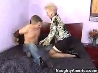 Hot Mature Cougar Mrs Jewell- my companions hot mom