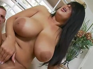 Grown-up Pulchritude With A Broad in the beam Ass And Broad in the beam Tits Gives A Mean Blowjob