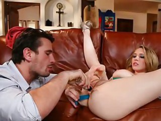 Kagney Karter drilled with a dildo by her partner