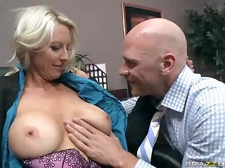 Busty office milf Emma Starr gets her tits added to pussy eaten