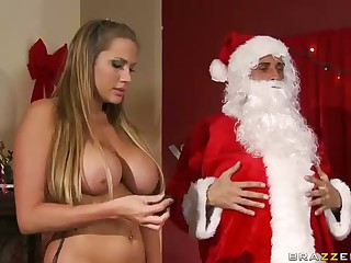 Three Sluts Suck Big Dicked Santa