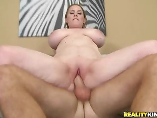 Juicy big titted mom picked up and banged