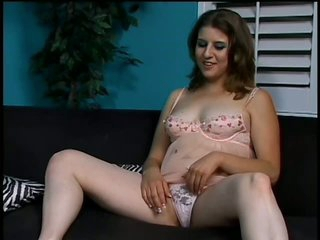 Kinky Nikki Knox Loves To Play With Cum On Her Bush After Having Sex