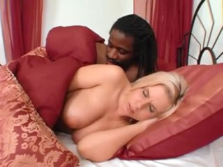Sweet curvy white girl likes his BBC