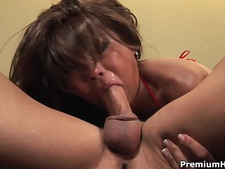Max Makita gives asian deepthroat job