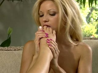 Allysin Chaines and her saucy friend lick each other\
