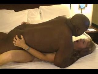 mature hottest wife dating black guy in hotel room