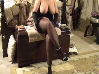 Chubby cute Milf with thick legs in stockings