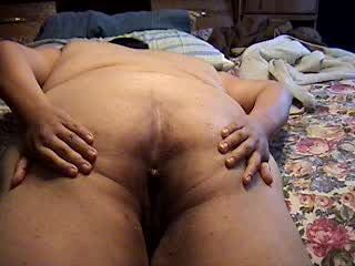 Guy cumming on BBW anus