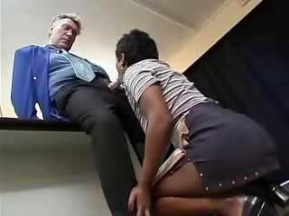 Indian cleaning lady gets fucked by her boss