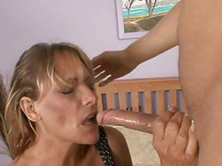 Alluring milf Debi Diamond opens wide and receives a vigorous facefucking