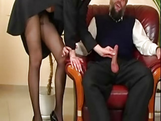 Readheat in Pantyhose is getting fucked by old guy