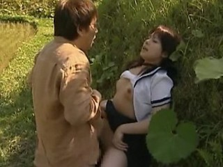 Super Sexy Asian Teen Gets Fucked and Creampied Outdoors