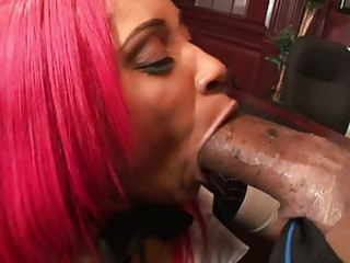 Dirty bitch wraps her filthy lips around untouched black load of shit