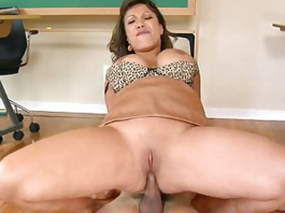 Fucking cougar Ava Devine rides her sweet snatch on a meaty cock making it cum