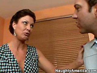 Hot Full-grown Busty Cougar Vanessa Videl