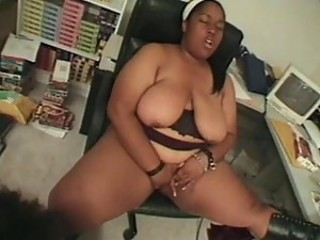 Interracial Fatties Blowjob Dude