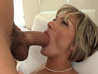 MILF screams painless she gets fucked