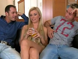 Donna Bell Gets Both Holes Rammed