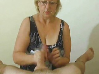 Handjob compilation with divertissement cumshots