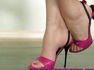 Foot fetish solo video with great high heels