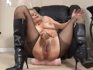 Big Tits Blonde Clit Mature Pantyhose Pornstar Pussy Shaved