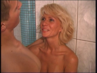 Amateur Bathroom Blonde Hardcore MILF Showers