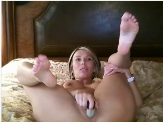 webcam milf masturbation...