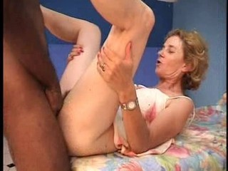 French mature Agnes &...