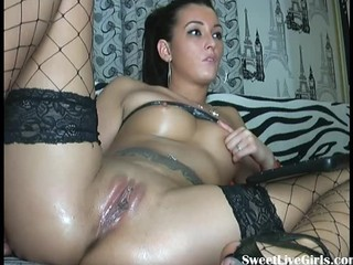 Amateur Babe Brunette Clit Natural Pussy Shaved Stockings Tattoo