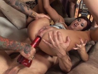 Alysa Dildo and Fisting