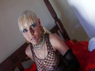 Blonde Fishnet French