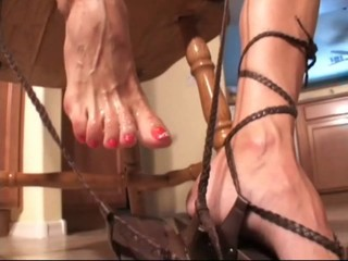 ShoeJob Footjob