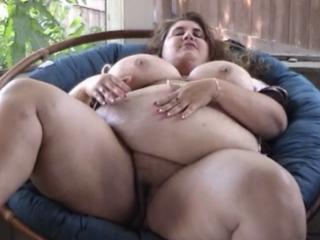 Fat Chick Fingers Herself.