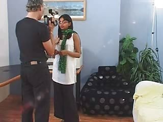 Indian Babe Geetha Giving Blowjob In Porn Audition S...