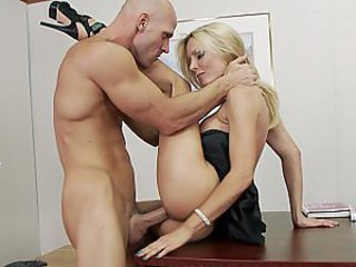 He nails hot Holly Sampson
