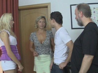 Cute Family Gangbang Groupsex Mature