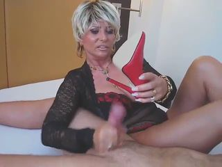 german lady b masturbates in ber