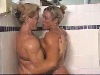 MILF MUSCLED BABES Relating to A difficulty SHOWER - londonlad