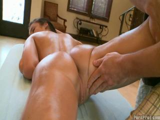 Virgin Fucked By Dirty Guy