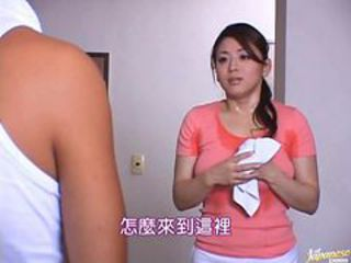 Reiko Yamaguchi Plays With Herself As She Cleans The Bathroom