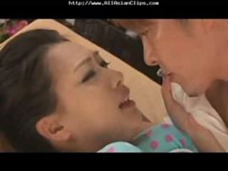 The Young Wife's Massage In The Beach-house(short Ver...