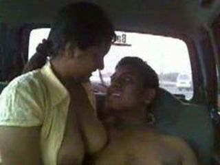 Public Car sex Indian Couple
