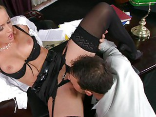 Sexy whore Kathia Nobili gets her mouth busy sucking a hard man lollipop
