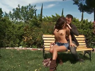 Great outdoor sex with Kaylani