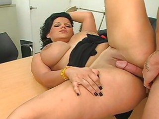 Angelina Castro prepares her mouth for on hot cumshot after a nice fuck